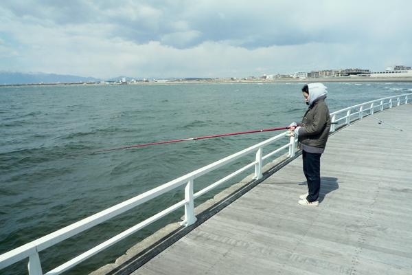 釣りを楽しむ大学生の私